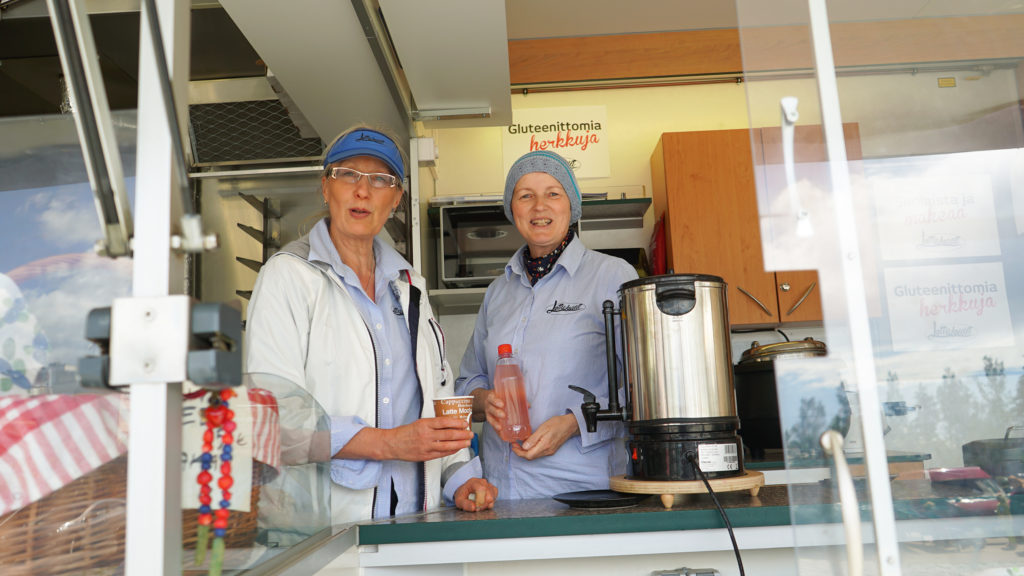 LettuLeidien myyntiauto vierailee säännöllisesti Pieksämäen, Varkauden ja Joroisten toreilla.